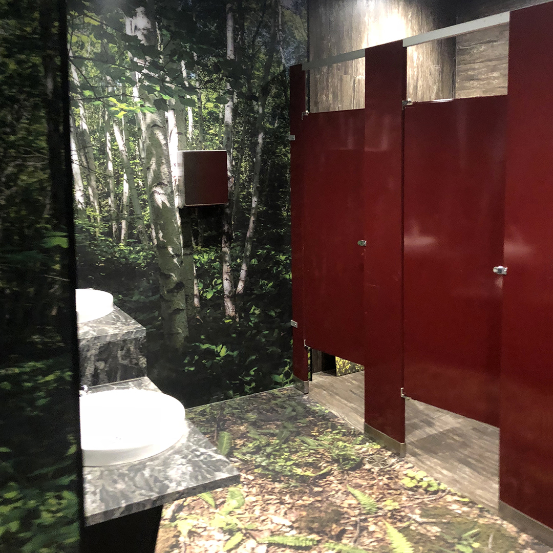 Saskatchewan Science Centre toilet enclosures